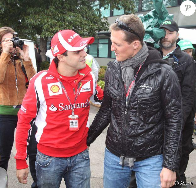 Felipe Massa et Michael Schumacher au Grand Prix d'Australie, à Melbourne. Mars 2011.