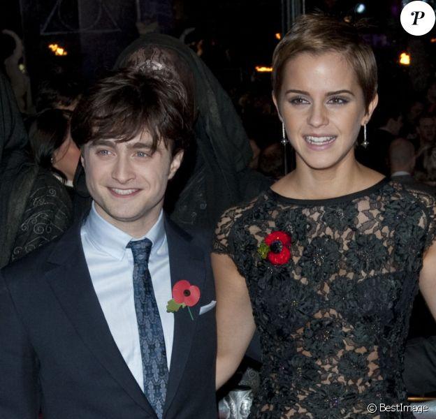 """Daniel Radcliffe, Emma Watson et Rupert Grint - Première du film """"Harry Potter et les Reliques de la mort - Partie 1"""" à Londres en 2010."""