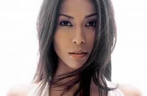 Anggun : Dix ans après