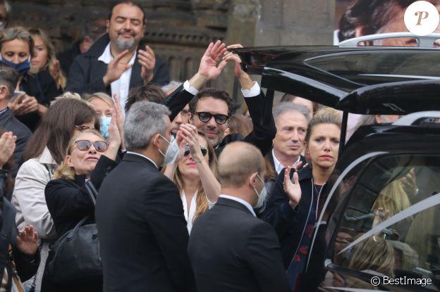 Joelle Bercot, Nicolas Bedos, Victoria Bedos, Michel Drucker - Hommage à Guy Bedos en l'église de Saint-Germain-des-Prés à Paris le 4 juin 2020.
