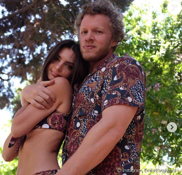 Emily Ratajkowski et son mari Sebastien Bear-McClard. Mai 2020.