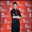 Le jeune et talentueux Kodi Smit-McPhee, à l'occasion de l'avant-première de  The Road , à la 66e Mostra de Venise, le 3 septembre 2009 !