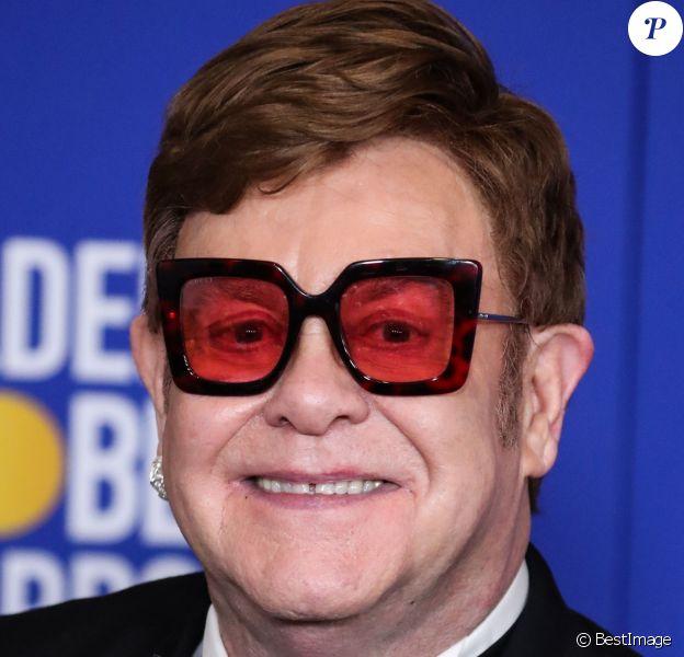 Elton John lors de la Press Room de la 77e cérémonie annuelle des Golden Globe Awards au Beverly Hilton Hotel à Los Angeles le 5 janvier 2020.