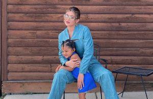 Kylie Jenner : Maman stylée avec sa fille Stormi, craquante en robe bleue