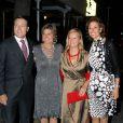 Le prince Constantijn, la princesse Laurentien et les princesses Marie-Caroline de Bourbon-Parme et Marilène d'Orange-Nassau au mariage de Bernardo Guillermo et Eva Prinz-Valdez, le 4 septembre 2009 à New York
