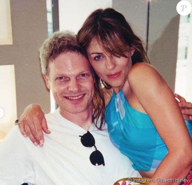 Elizabeth Hurley et son ex-compagnon Steve Bing. Photo publiée le 23 juin 2020.