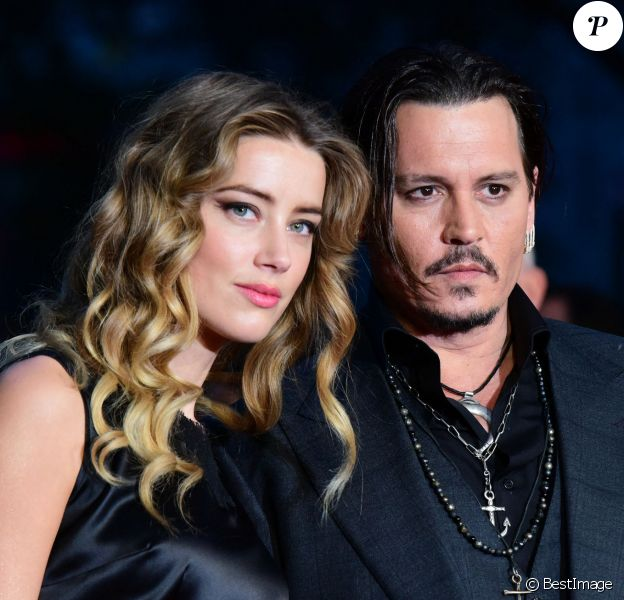 "Johnny Depp et sa femme Amber Heard - Avant-première du film ""Black Mass"" lors du Festival BFI à Londres, le 11 octobre 2015. 11 October 2015."