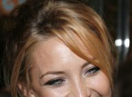 Kate Hudson a retrouvé sa bonne humeur et ça se voit... à son look ! Ca vaut le coup d'oeil !
