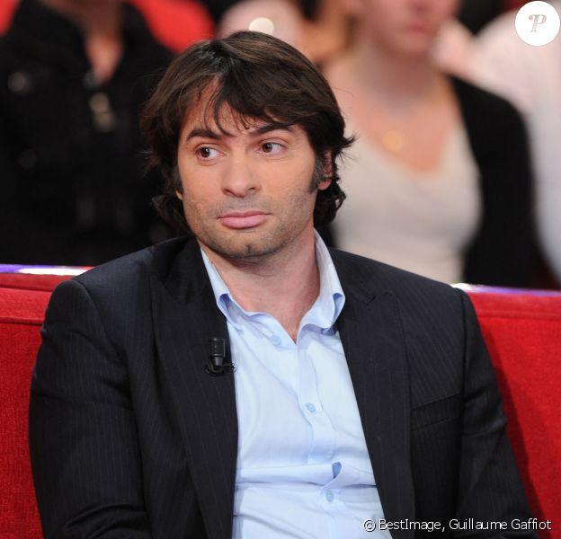 """Christophe Dominici dans l'émission """"Vivement dimanche"""" en 2011. © Guillaume Gaffiot /Bestimage"""