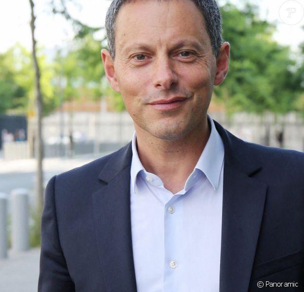 Exclusif - Marc-Olivier Fogiel à son arrivée devant les studios de BFM TV à Paris le 26 juin 2020 © Panoramic / Bestimage