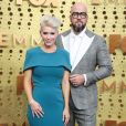 Rachel Sullivan et Chris Sullivan à la cérémonie des Emmy Awards à Los Angeles, le 22 septembre 2019.