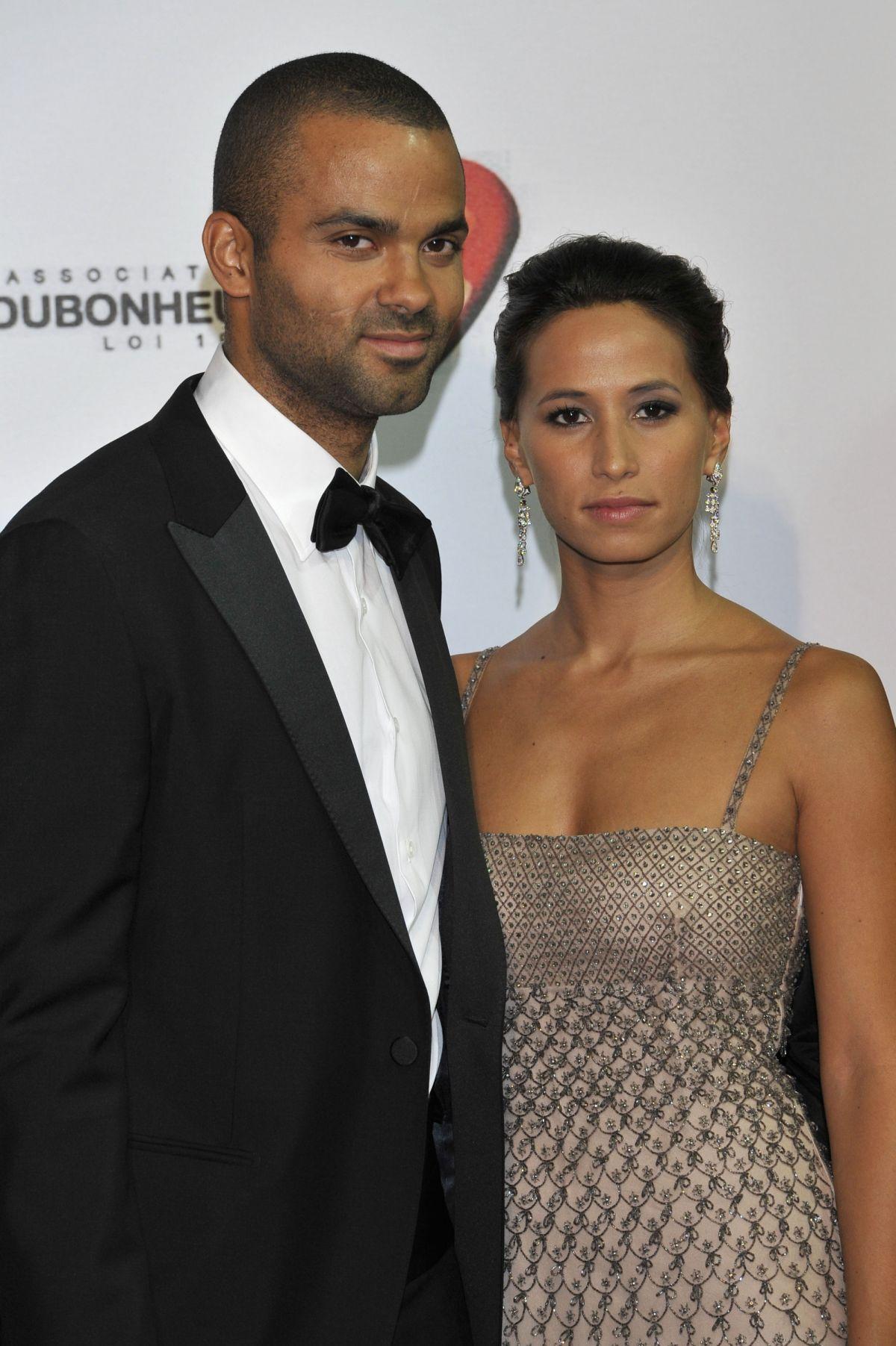 Tony Parker divorce : retour sur son histoire d'amour avec sa femme, Axelle Francine