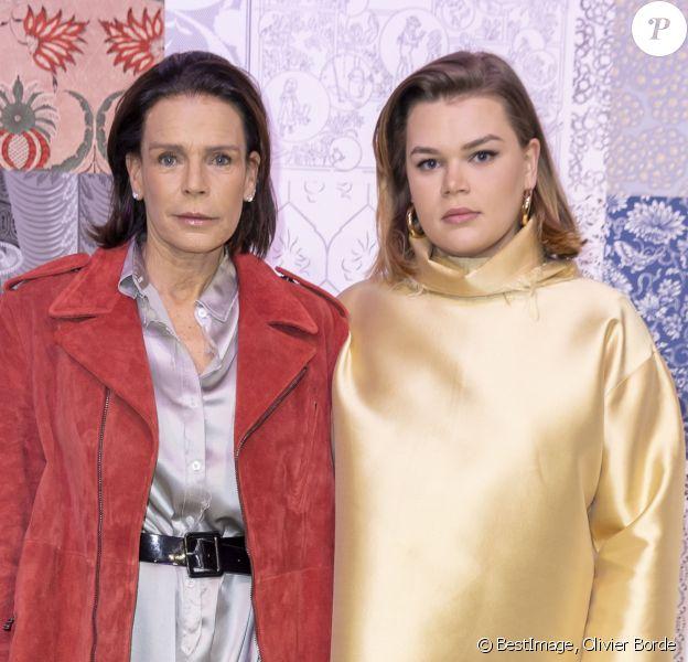 """La princesse Stéphanie de Monaco et sa fille Camille Gottlieb lors du défilé de mode prêt-à-porter """"Alter"""" automne-hiver 2020/2021 lors de la semaine de la mode à Paris, France. © Olivier Borde/Bestimage"""