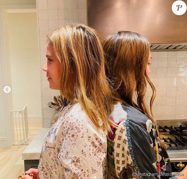 Jessica Alba et sa fille de 12 ans, Honor, font la même taille !