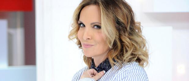 Hélène Ségara : Son visage surprend dans l'émission Tous en cuisine