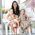 Jazz, son mari Laurent et leurs deux enfants Chelsea et Cayden vivent à Dubaï.