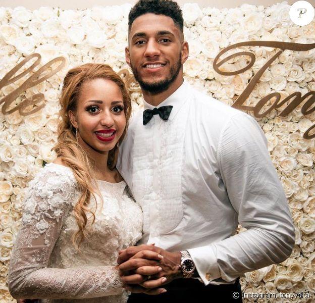 Tony Yoka a annoncé qu'il s'était remis avec Estelle Mossely, au lendemain de la célébration de leur premier anniversaire de mariage.
