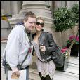 Shakira et un fan à Londres, le 23 septembre 2009
