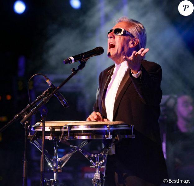 Concert de Gilbert Montagné lors de l'appel National pour la Tsedaka au profit des plus démunis à Nice