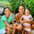 Wafa avec ses filles Manel et Jenna, le 31 mars 2020