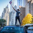 Les habitants de New York descendent dans la rue pour fêter l'élection de Joe Biden à la présidence des Etats-Unis le 7 novembre 2020