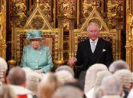 Elizabeth II prête à abdiquer en faveur de Charles ? Le palais répond aux rumeurs