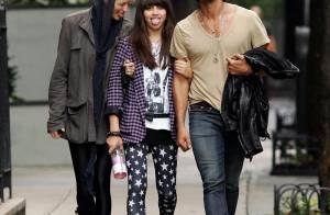 Lourdes : la fille de Madonna adore tirer la langue aux photographes... avec son papa et sa chérie !