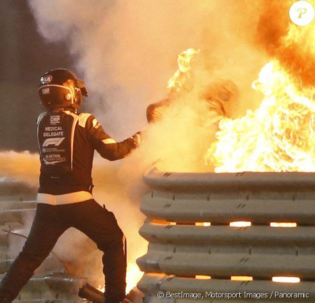 Accident de Romain Grosjean lors du Grand Prix de Formule 1 de Bahrein à Sakhir. © Motorsport Images / Panoramic / Bestimage