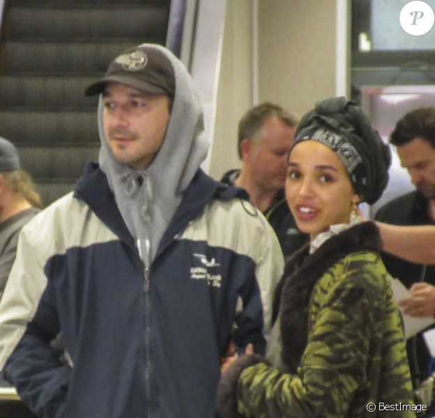 Exclusif - Shia LaBeouf et sa compagne FKA Twigs à l'aéroport de Salt Lake City.