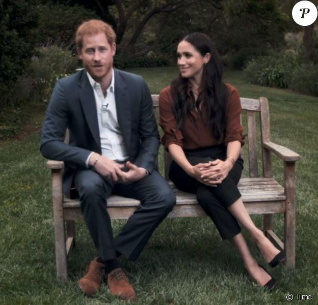 """Le prince Harry et Meghan Markle, depuis leur jardin de Santa Barbara, appellent les Américains à voter lors des prochaines élections présidentielles aux Etats-Unis. 2020, """"Time Magazine""""."""
