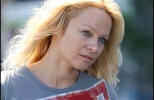 Pamela Anderson sans maquillage et au naturel... est vraiment 10 000 fois plus jolie !