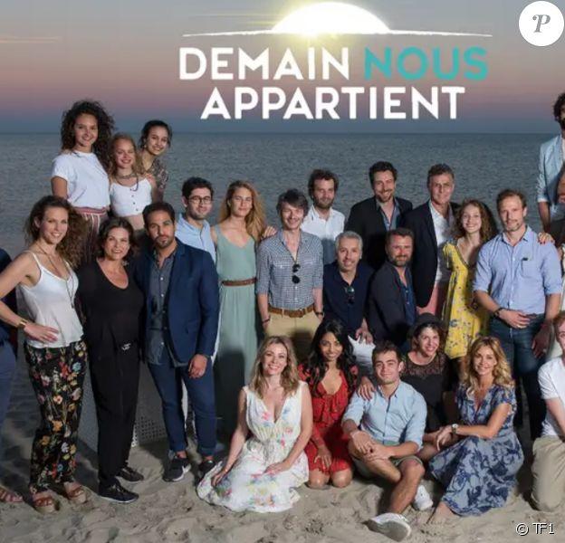 Demain nous appartient, affiche officielle de la série de TF1