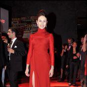 Olga Kurylenko : une beauté majestueuse en robe fendue sensuelle...