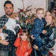 Alexia Mori avec Stéphane et ses filles Margot et Louise, photo Instagram du 24 décembre 2020