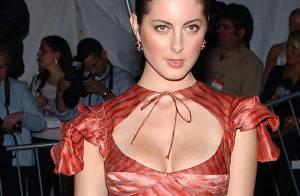 La charmante Eva Amurri, fille d'une célèbre actrice... de nouveau nue face à David Duchovny !