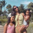 Kim Kardashian et ses deux filles North et Chicago en février 2021.