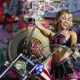 Miley Cyrus lors du concert TikTok Tailgate Party en marge du Super Bowl LV au Raymond James Stadium de Tampa, en Floride.