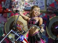 Miley Cyrus : Jupette en cuir et crop top, elle fait le show pour TikTok et le Super Bowl LV
