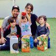 Lionel Messi, son épouse Antonela Roccuzzo et leurs trois fils Ciro, Mateo et Thiago. Avril 2020.