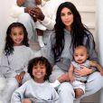 Kim Kardashian, Kanye West et leurs 4 enfants North, Saint, Chicago et Psalm.