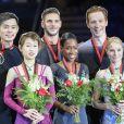 Les patineurs en couple Peng Cheng et Jin Yang (Chine), Vanessa James et Morgan Cipres (France), Evgenia Tarasova et Vladimir Morozov (Russie) ont respectivement remporté l'argent, l'or et le bronze au double Grand Prix ISU 2018-19 lors de la finale de patinage artistique au Centre sportif Doug Mitchell Thunderbird à Vancouver, le 8 décembre 2018.