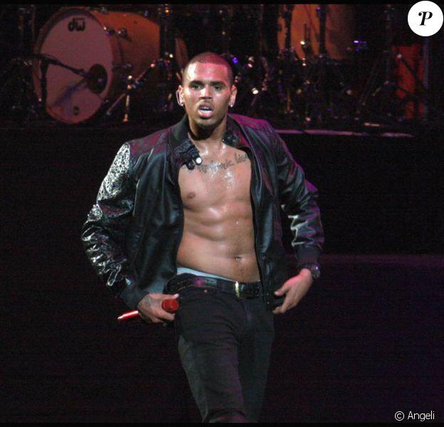 Chris Brown s'est produit dans le New Jersey le 27 octobre 2009