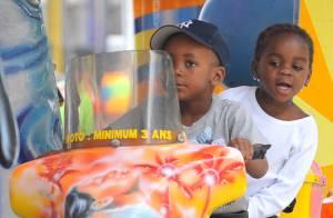 Madonna au Malawi : personne ne reconnaît... ses deux enfants adoptifs ! Elle vous demande votre aide...
