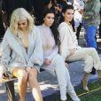 Kylie Jenner, Kim Kardashian et Kendall Jenner au défilé YEEZY à New York. Le 7 septembre 2016.