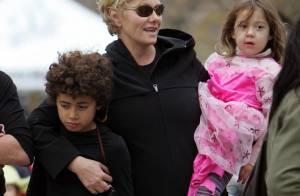 Hugh Jackman : sa femme et ses enfants terrorisent la ville pendant qu'il travaille...