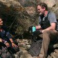 Rainn Wilson et Bear Grylls dans l'émission  En pleine nature,  le 19 avril 2021.