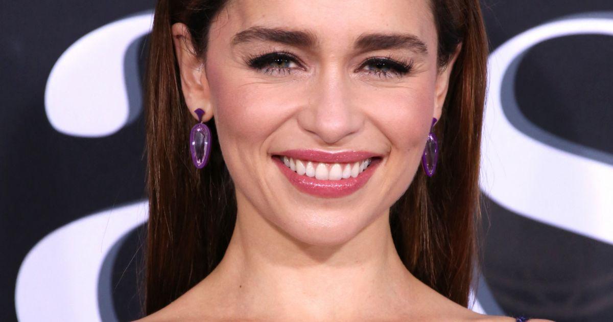 Emilia Clarke : Son image utilisée dans son dos, elle réclame 5 millions de dollars !