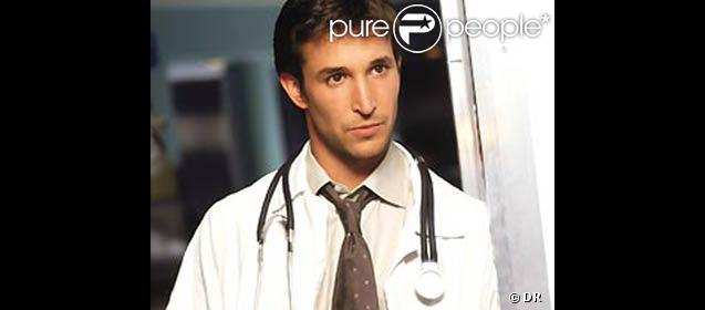 Noah Wyle redevient Flynn Carson