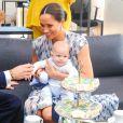 Le prince Harry et Meghan Markle présentent leur fils Archie à Desmond Tutu à Cape Town, Afrique du Sud le 25 septembre 2019.