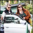 Pierce Brosnan et sa femme Keely à la sortie d'un restaurant de Malibu